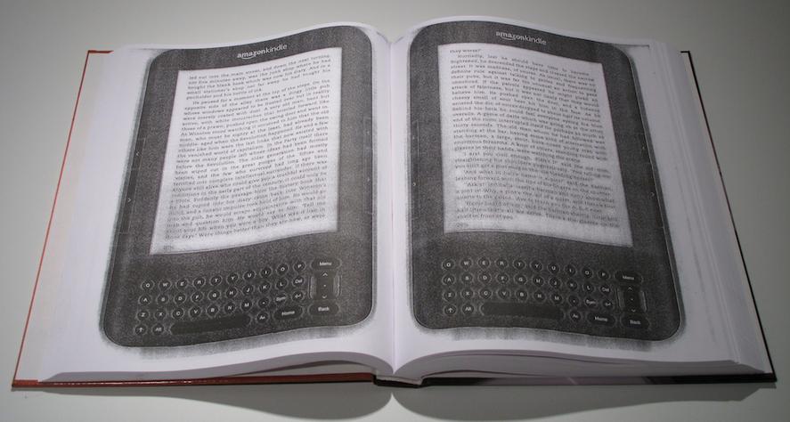 Fotocopiare un ebook per farci un libro di carta • Rivista Studio