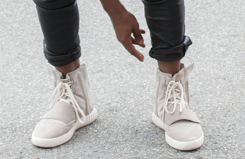 Studio Di Sneakers Kanye Miniera D'oro • Rivista Le WestUna 2E9IDH