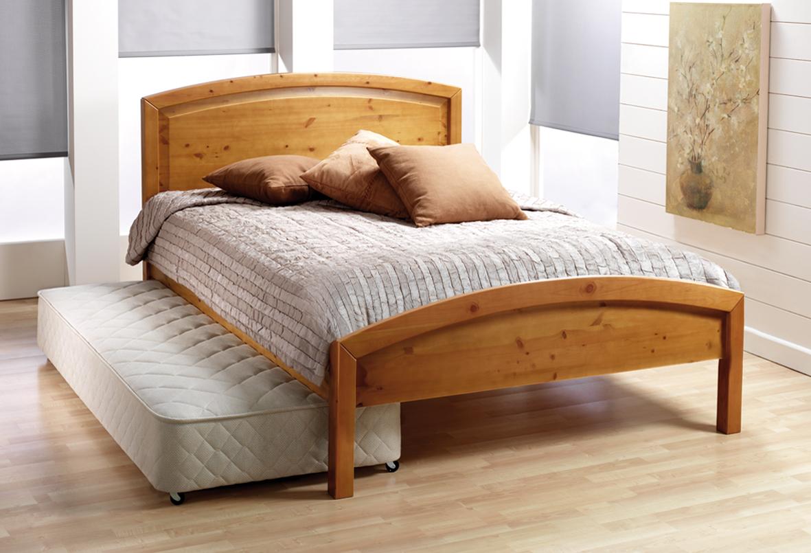 La gente che resta a dormire all'Ikea sta diventando un problema per l'Ikea