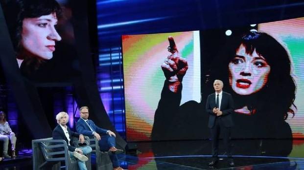 Jimmy Bennett a 'Non è l'Arena': 'Asia mi ha violentato'- Il racconto